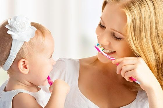 Brushing your teeth, an essential act of hygiene