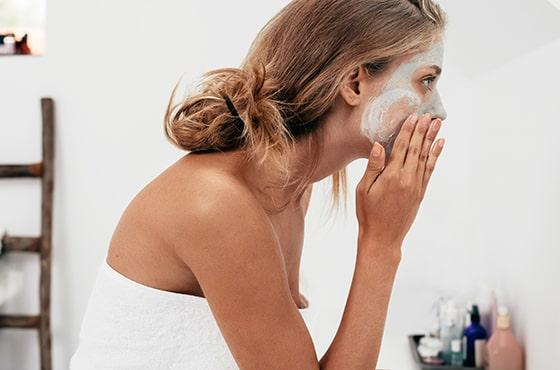 Cleansing your skin: rituals for healthy and radiant skin